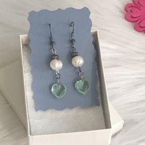 Jewelry - Fresh water pearl and heart shape dangle earrings